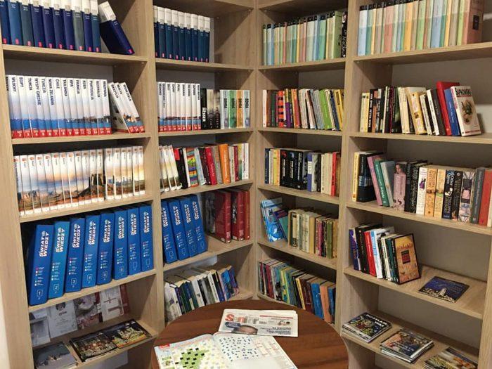 Biblioteka wDomu Seniora Słoneczne Wzgórze