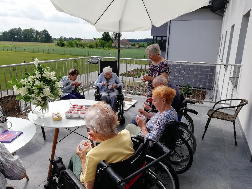 Wspólne posiłki Mieszkańców Domu Seniora Słoneczne Wzgórze