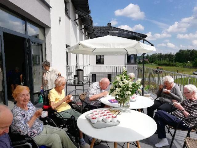 Wspólne spędzanie czasu Mieszkańców Domu Seniora Słoneczne Wzgórze